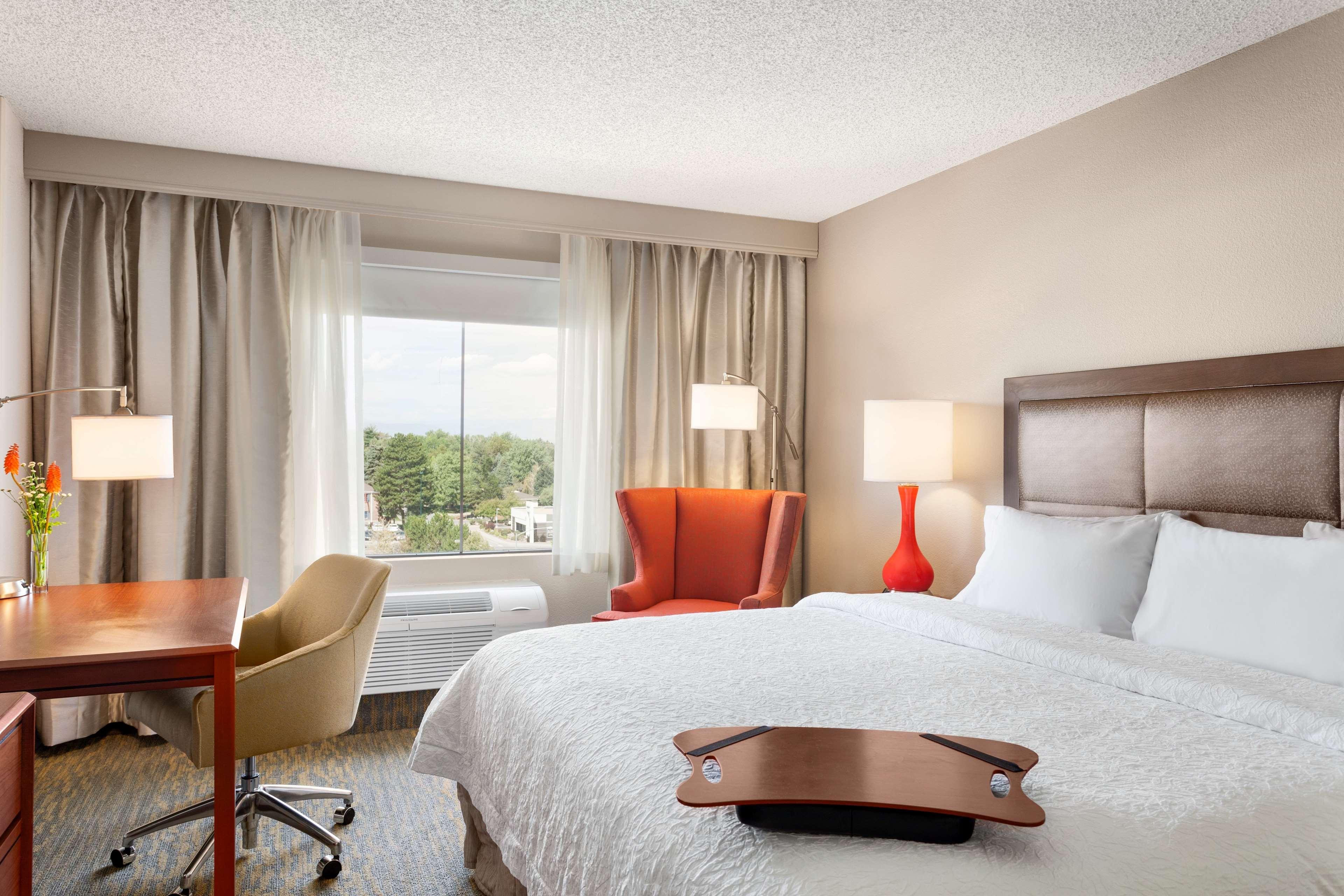 Hampton Inn & Suites Denver-Cherry Creek image 23