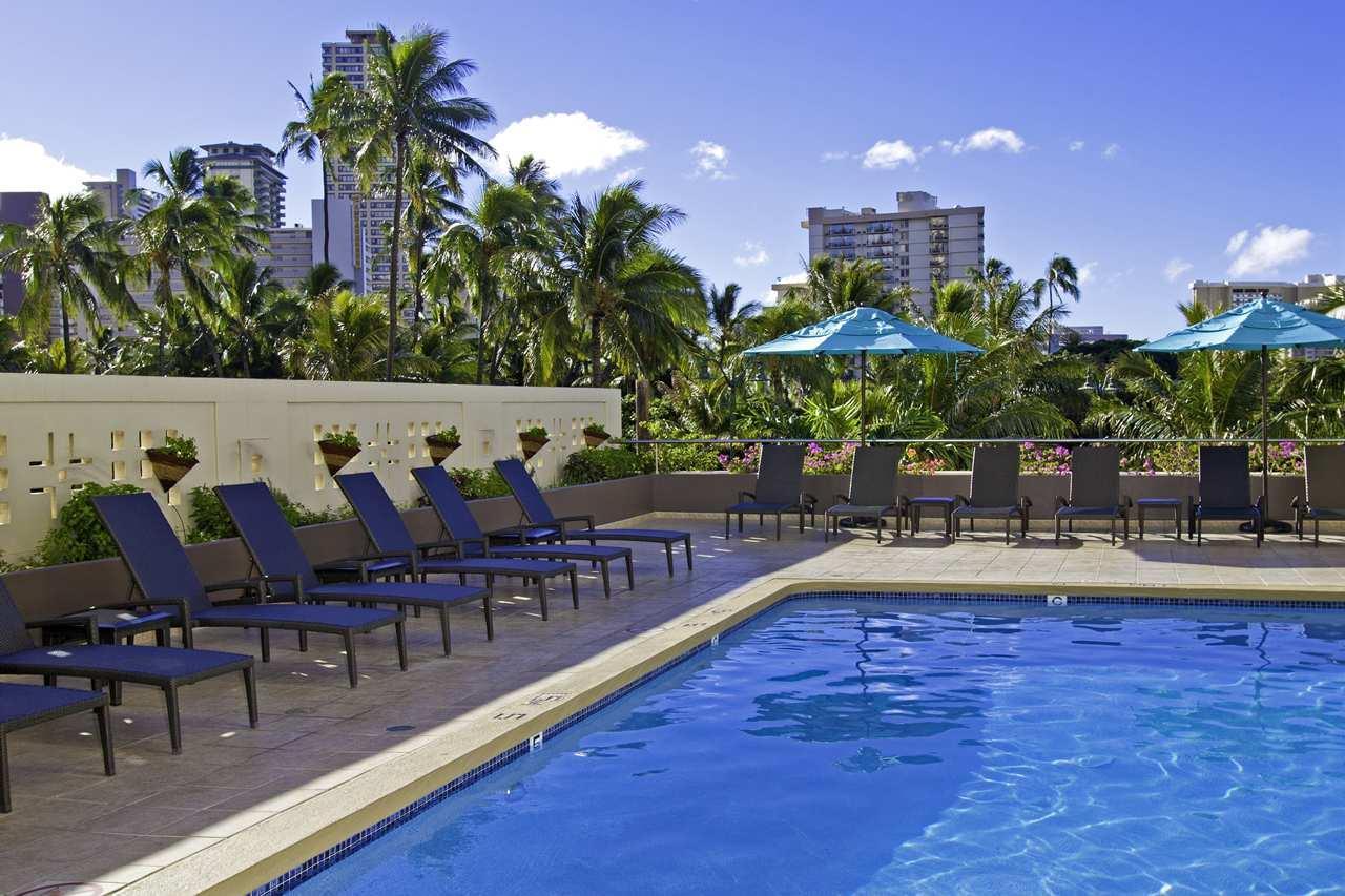 DoubleTree by Hilton Hotel Alana - Waikiki Beach image 1