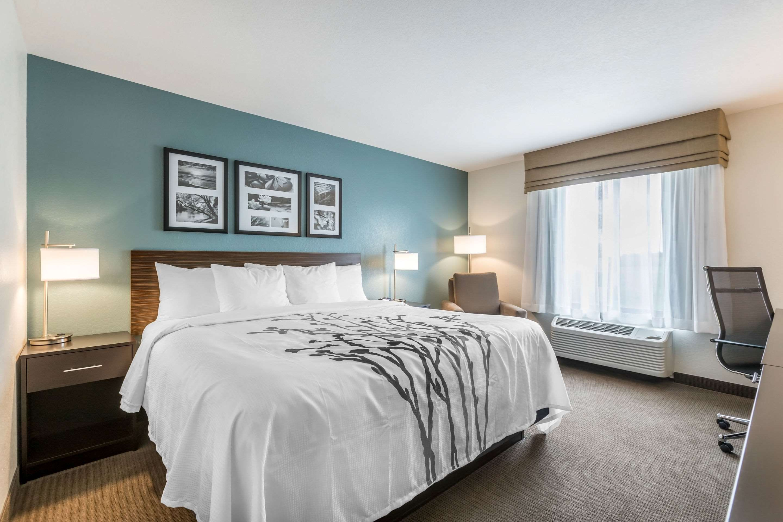 Sleep Inn & Suites West Des Moines Near Jordan Creek
