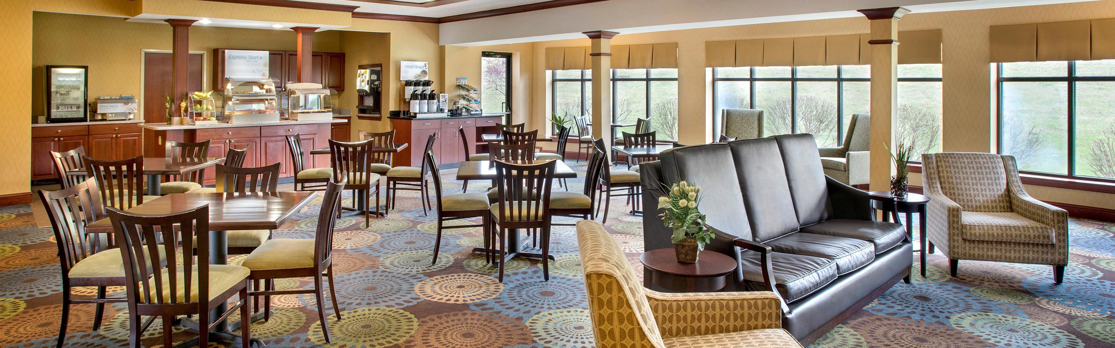 Holiday Inn Express & Suites East Greenbush(Albany-Skyline) image 3