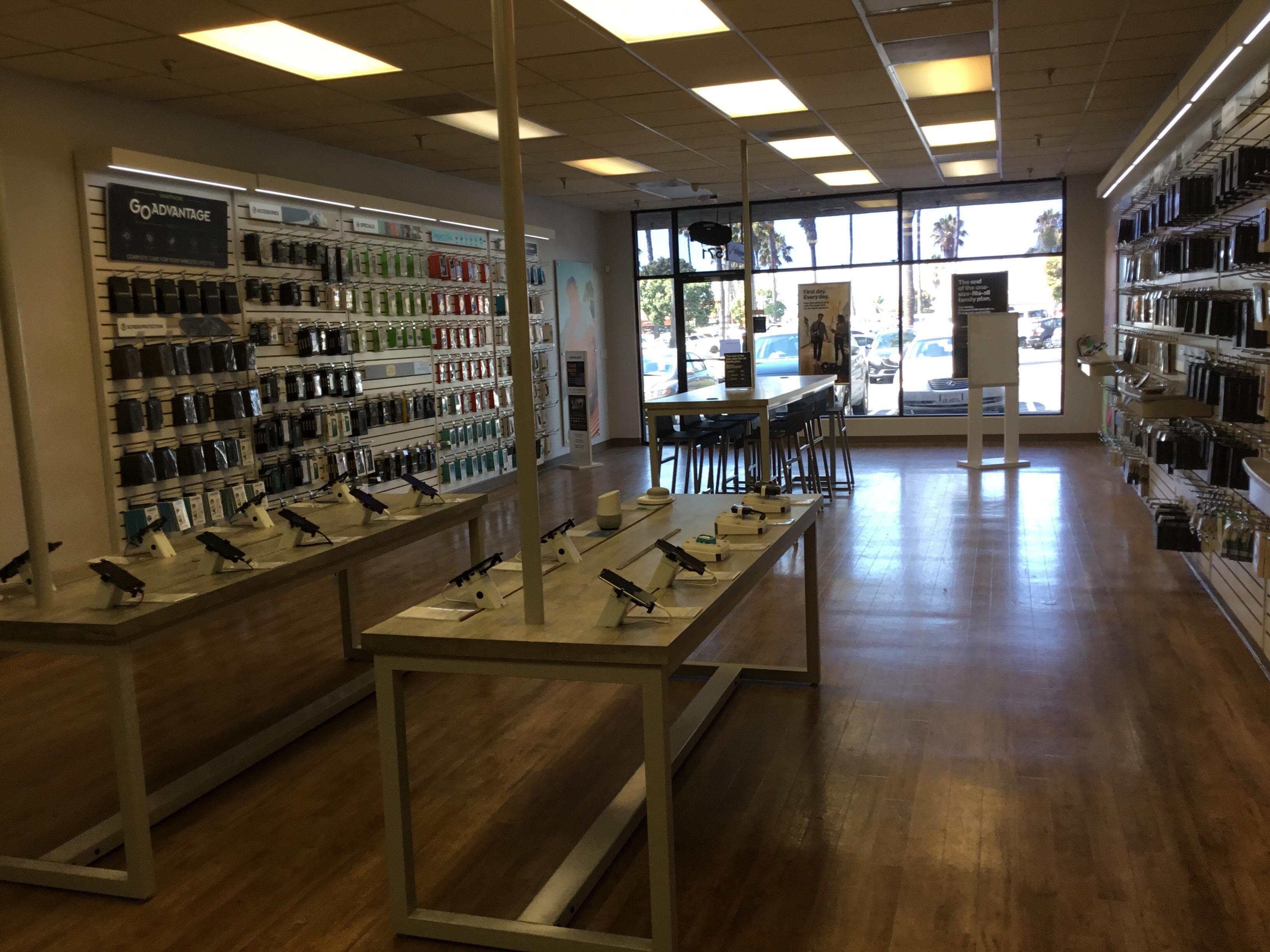 Verizon Authorized Retailer – GoWireless - CLOSED image 7
