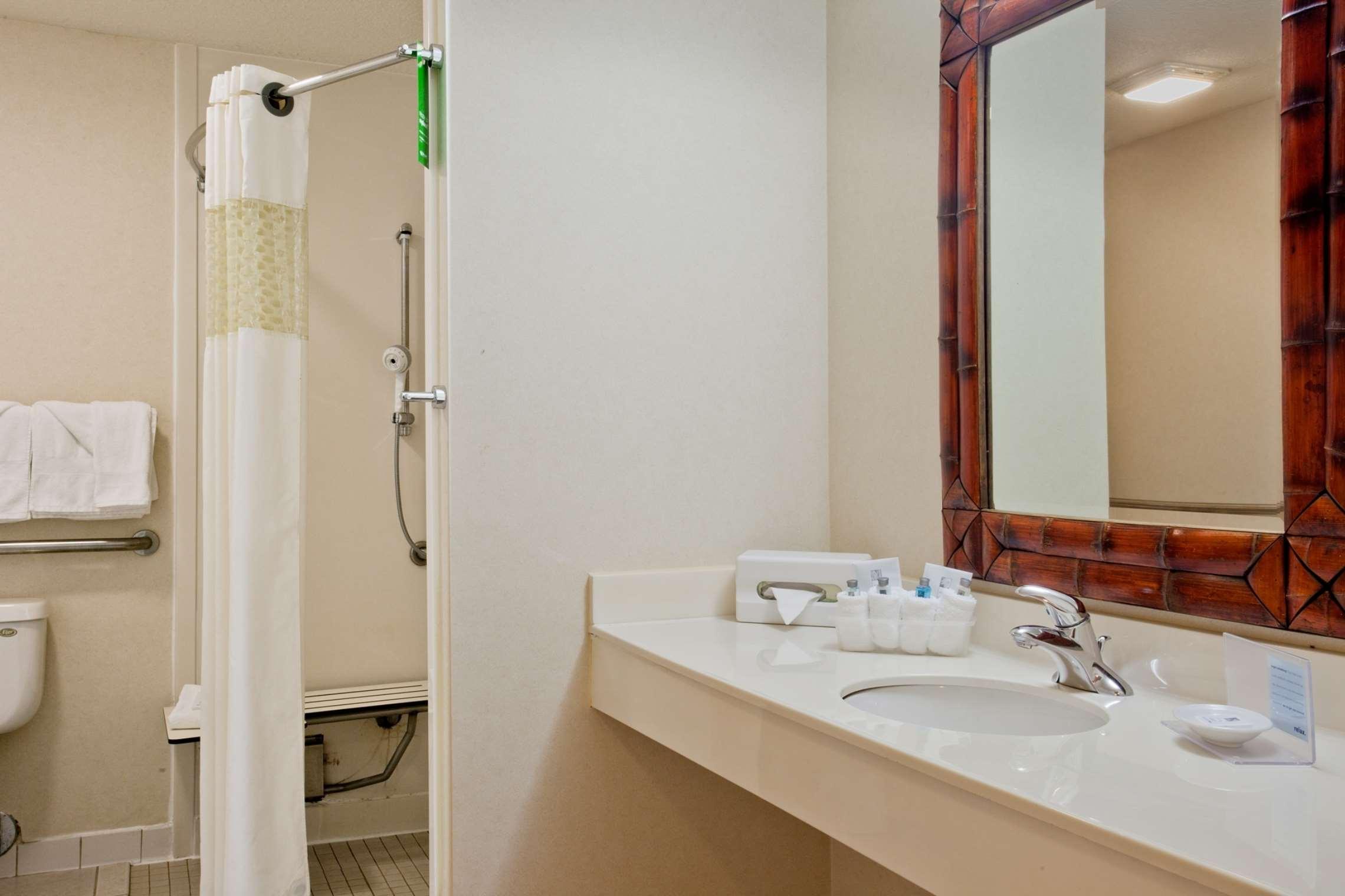 Hampton Inn & Suites Salt Lake City Airport image 13