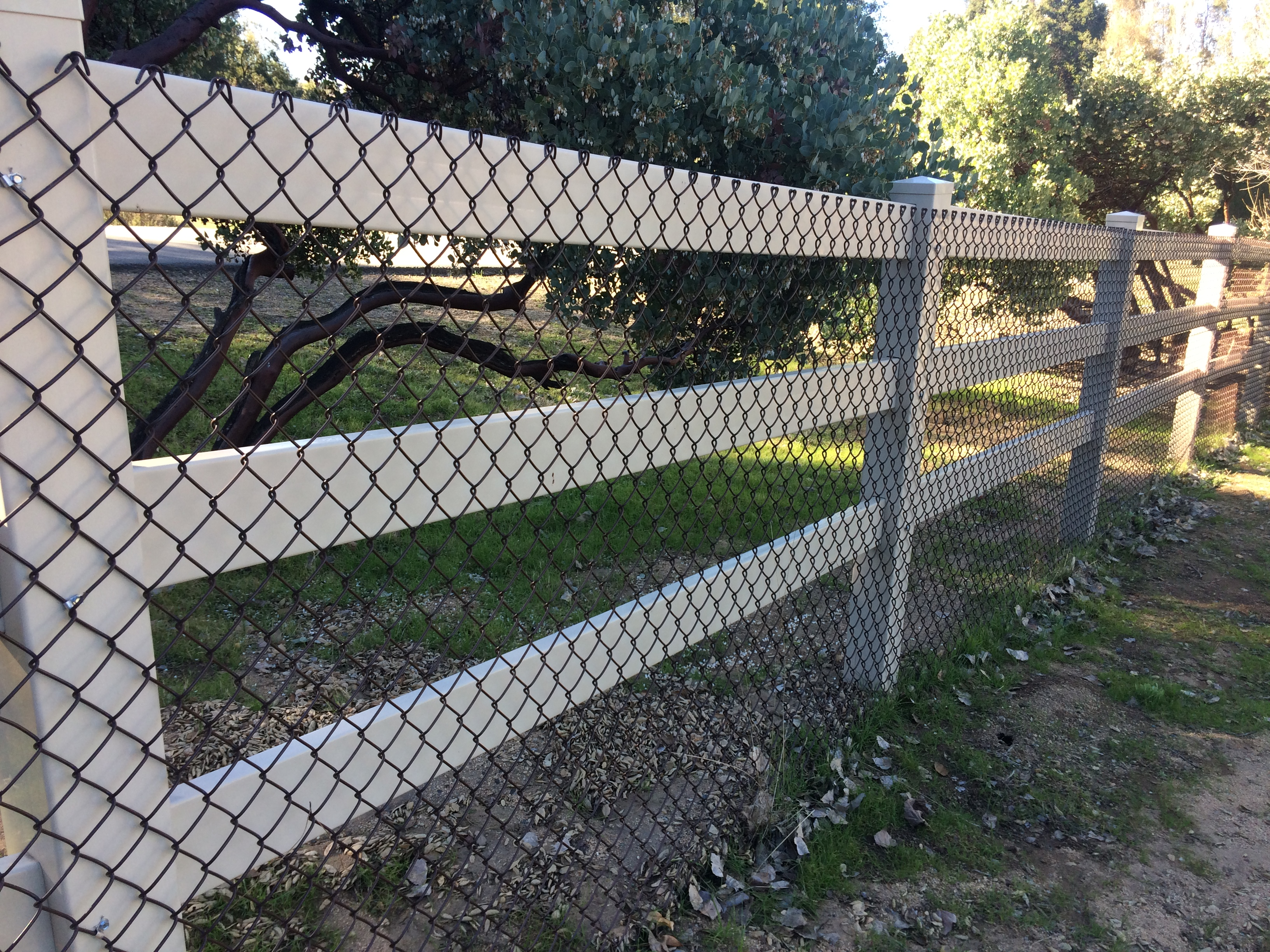 3T Fence image 2