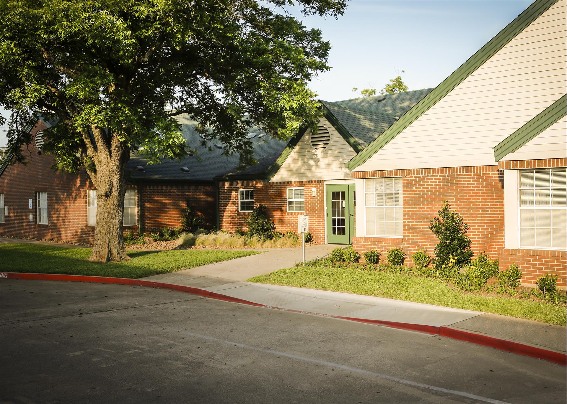 Bethesda Gardens Assisted Living Arlington At 1103 W Arkansas Ln Arlington Tx On Fave