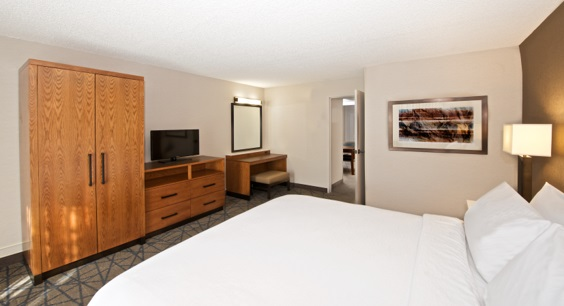Embassy Suites By Hilton Colorado Springs Colorado Springs Co Weddings Topix