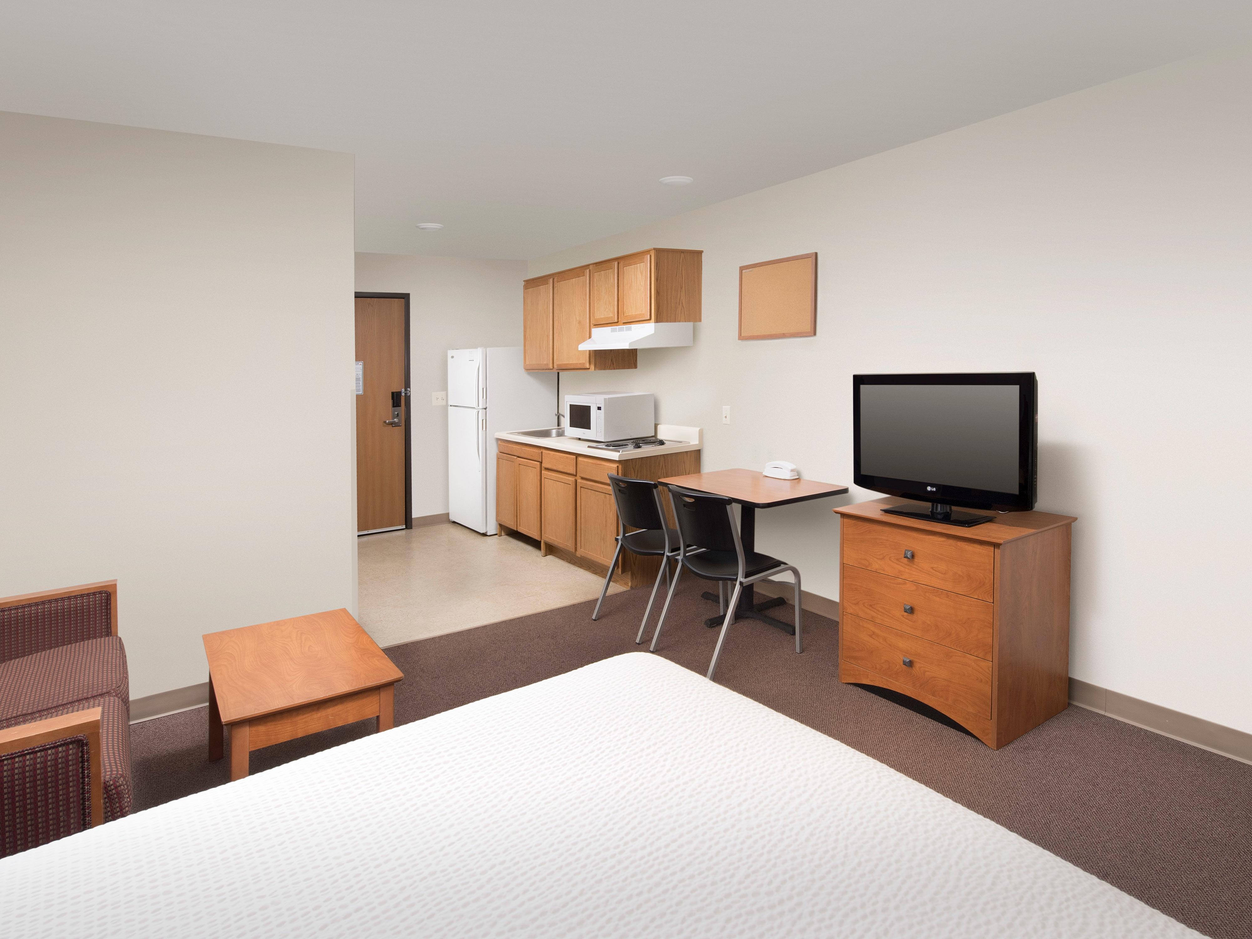 WoodSpring Suites Pensacola Northeast image 2