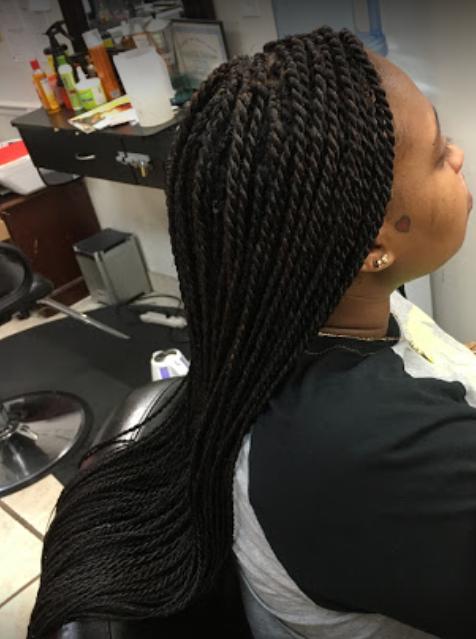 Hair Braiding Moma's Beauty Salon & Barber Shop image 9