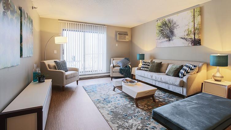 Twelve 501 Apartment Homes In Burnsville Mn 55337 Citysearch