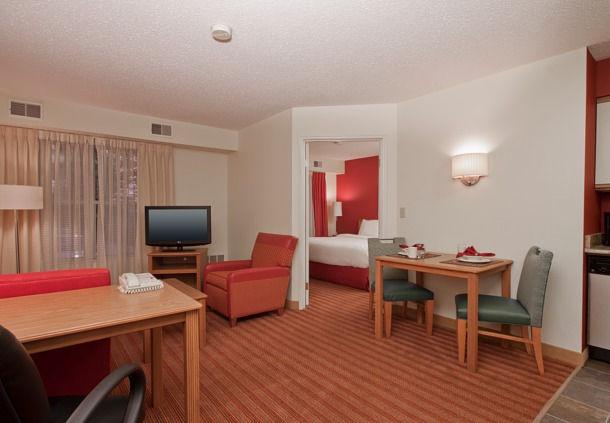 Residence Inn by Marriott Davenport image 7