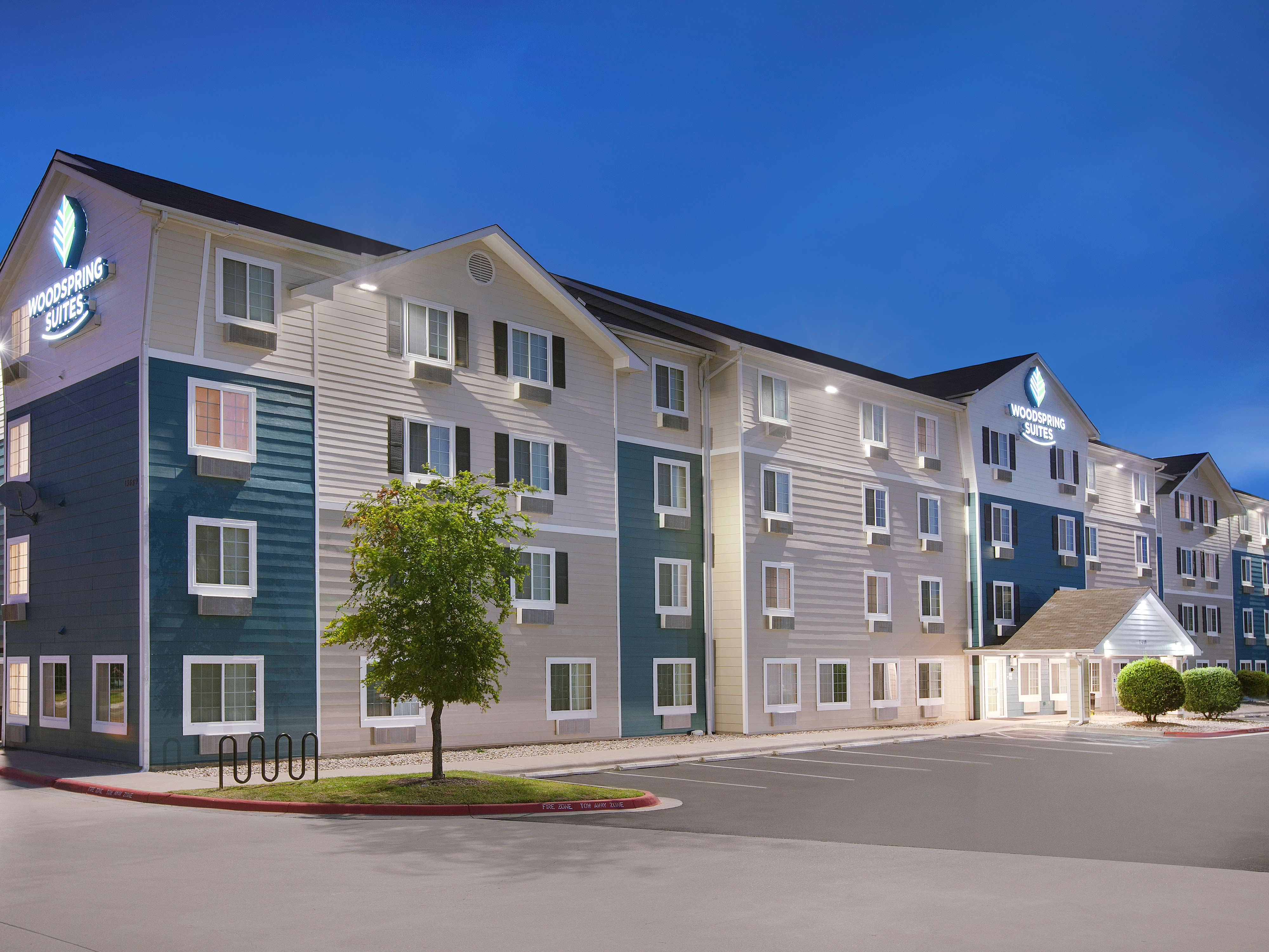 WoodSpring Suites Harlingen image 15