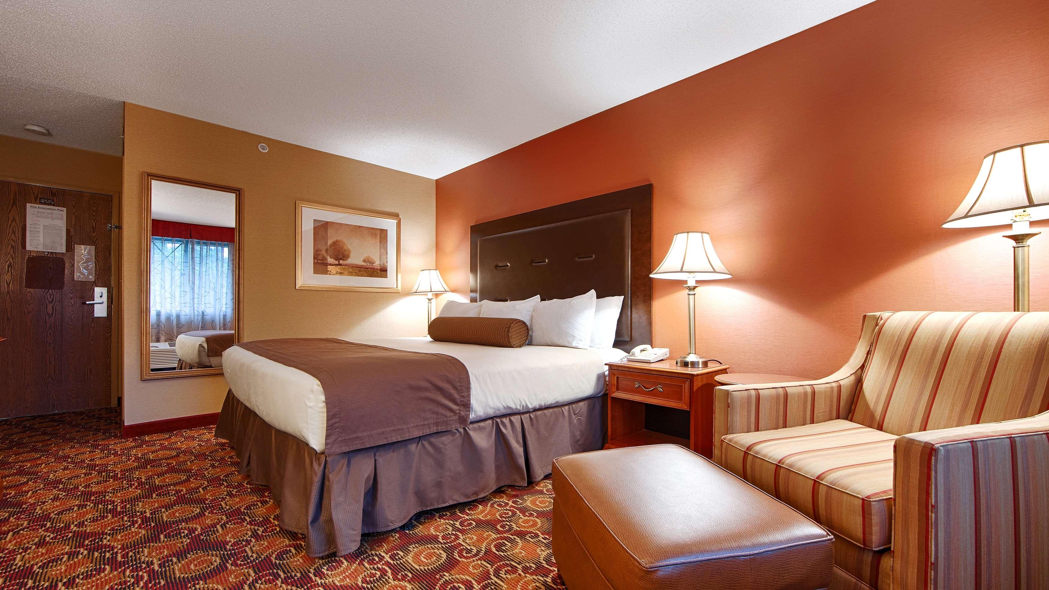Best Western Plus The Inn at Sharon/Foxboro image 10