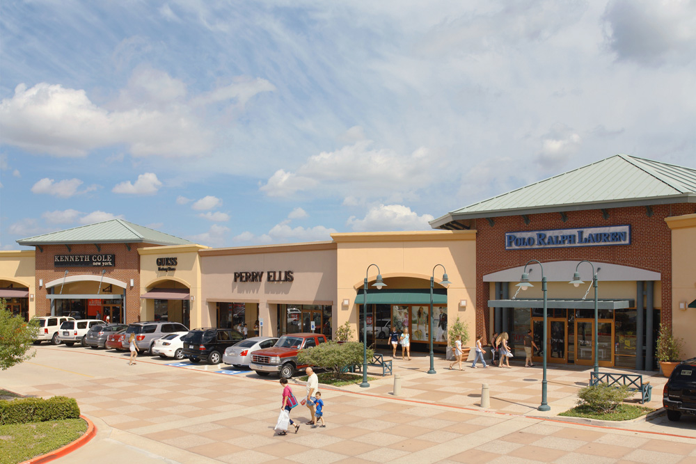 Allen Premium Outlets image 16