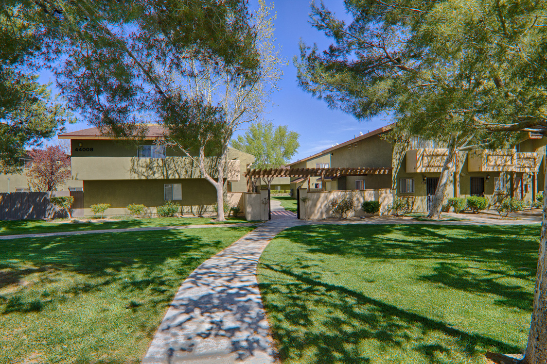 Amargosa Creek Apartments Lancaster Ca