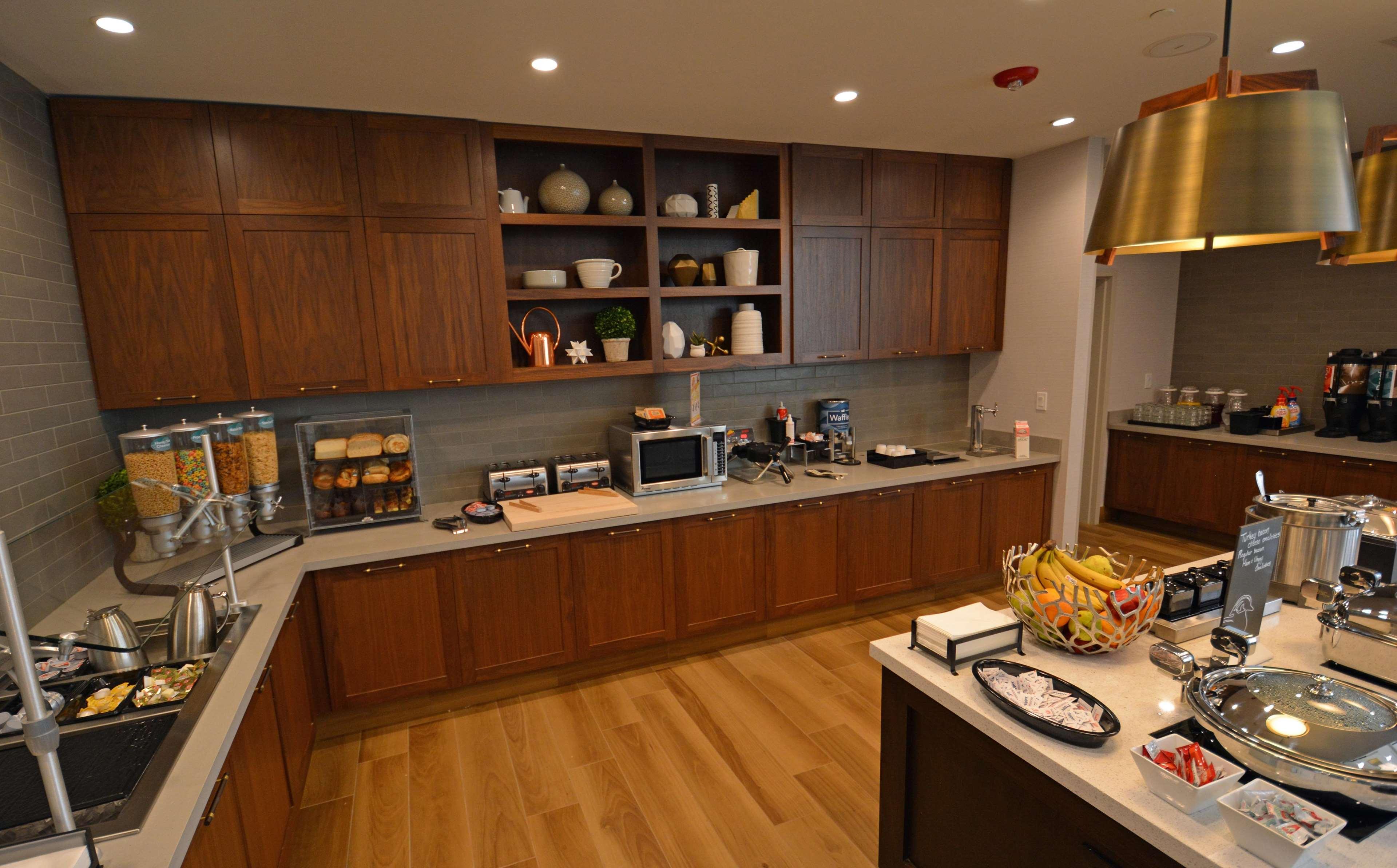 Homewood Suites by Hilton Saratoga Springs image 17