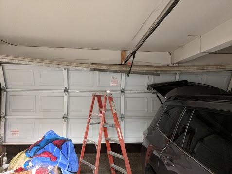 GR8 Garage Door image 60