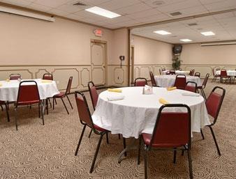 Ramada Paintsville Hotel & Conference Center image 9