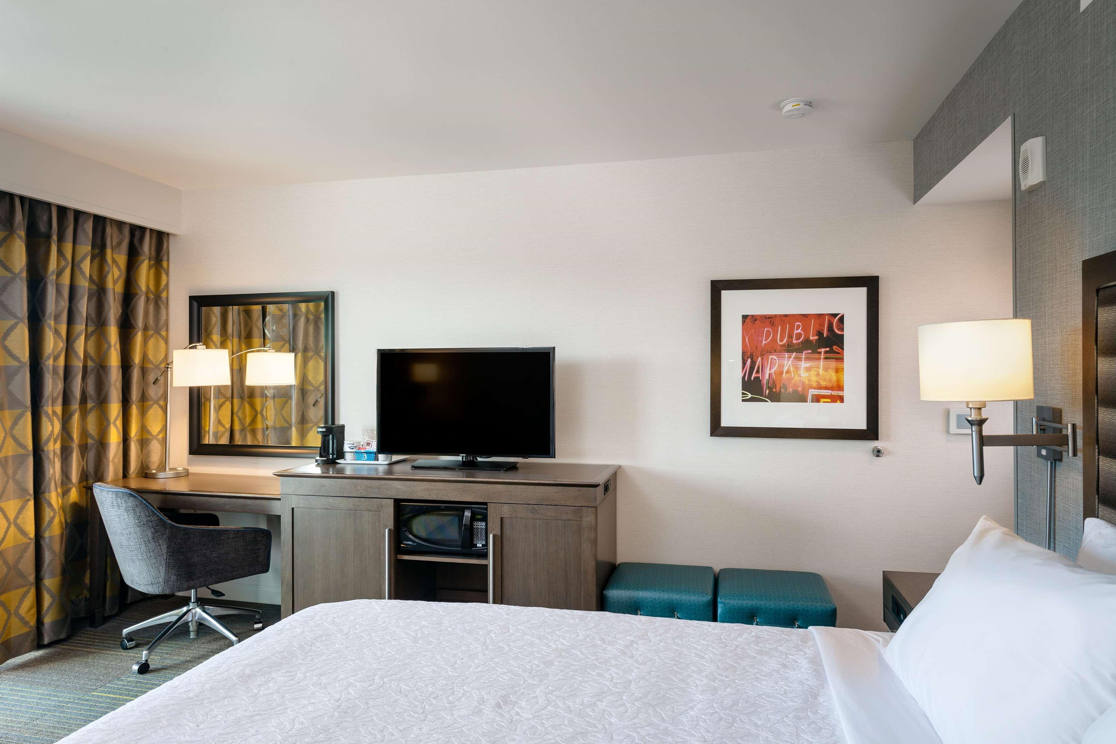 Hampton Inn & Suites by Hilton Seattle/Northgate image 23