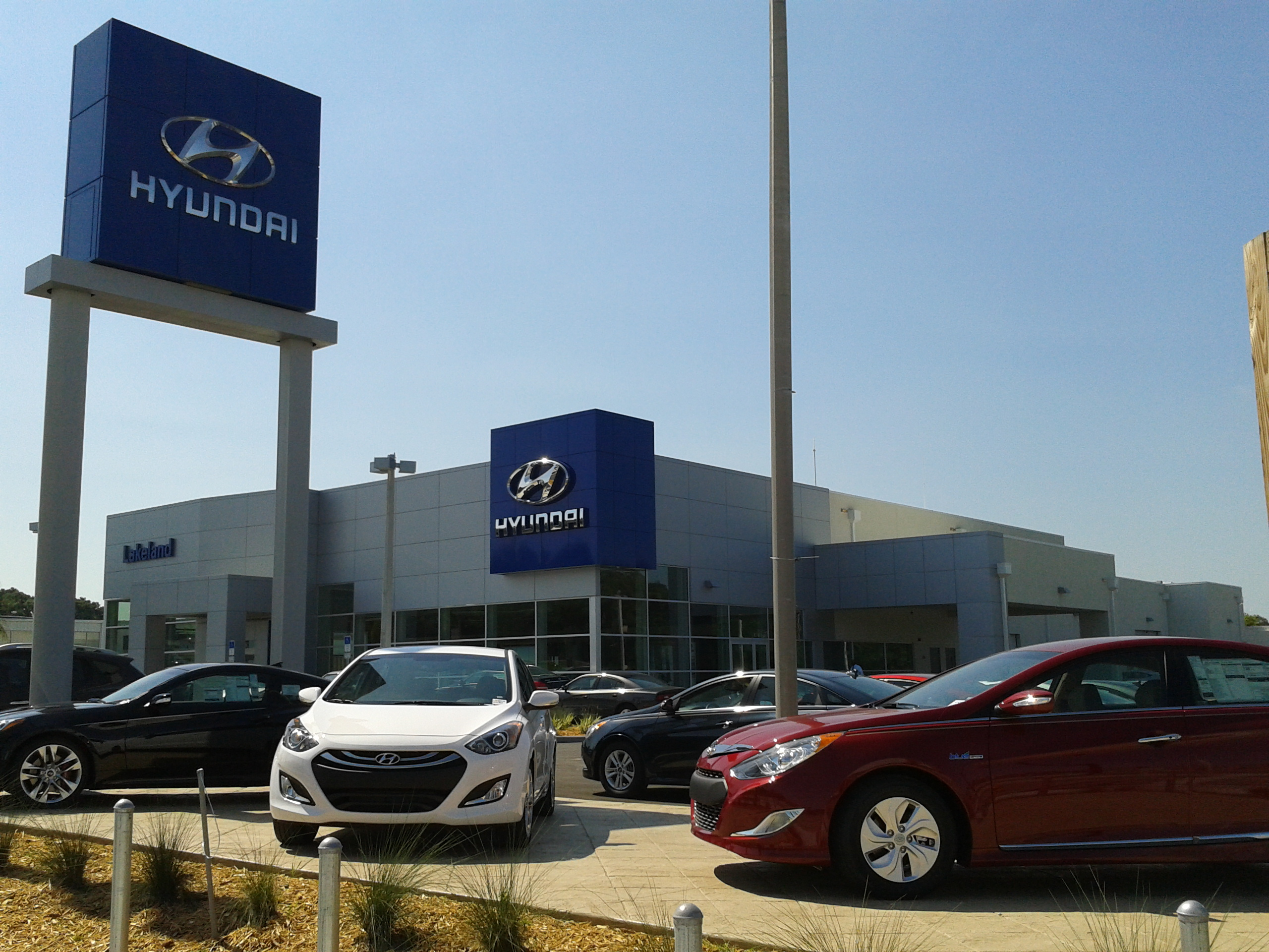 Lakeland hyundai in lakeland fl 863 236 9 for Lakeland motor vehicle and driver license services lakeland fl