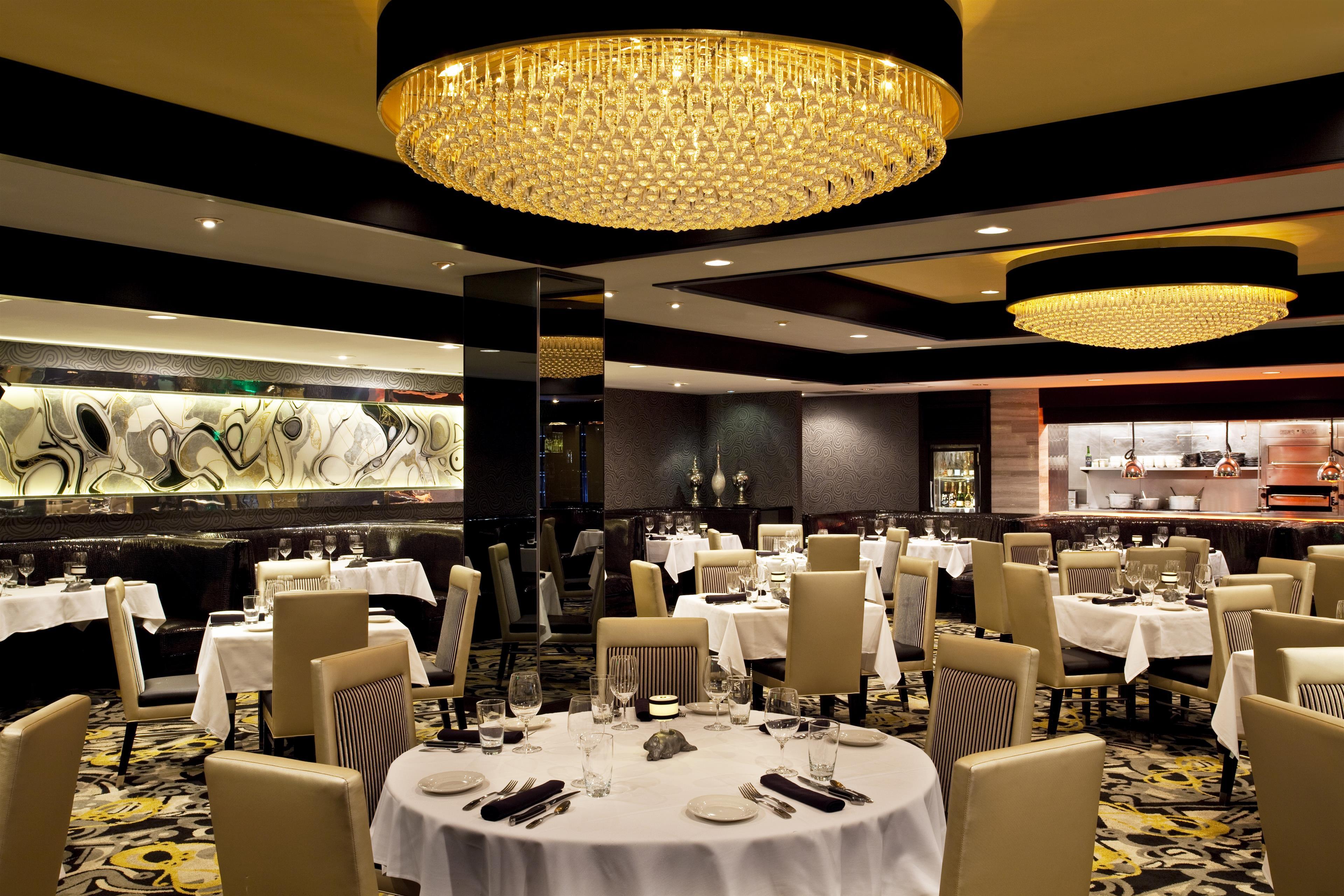 Sheraton Inner Harbor Hotel image 9