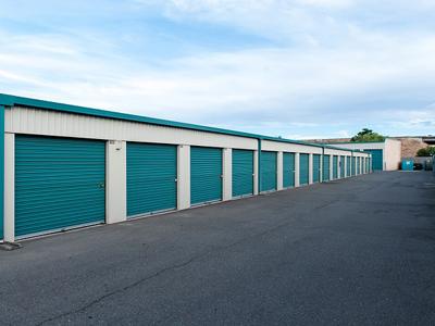 Life storage in sacramento ca 95838 citysearch for Carmichael storage