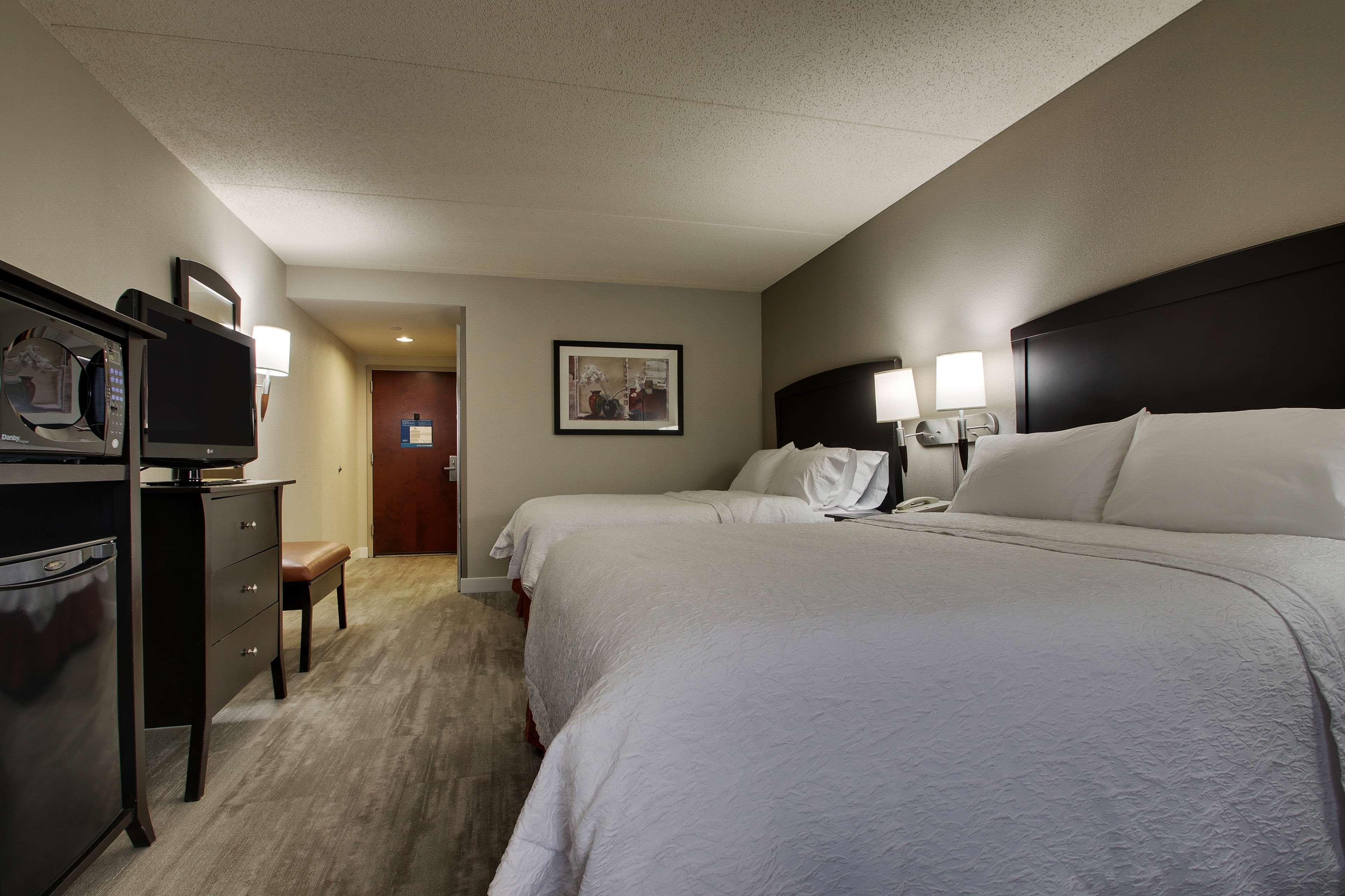 Hampton Inn & Suites Spartanburg-I-26-Westgate Mall image 35