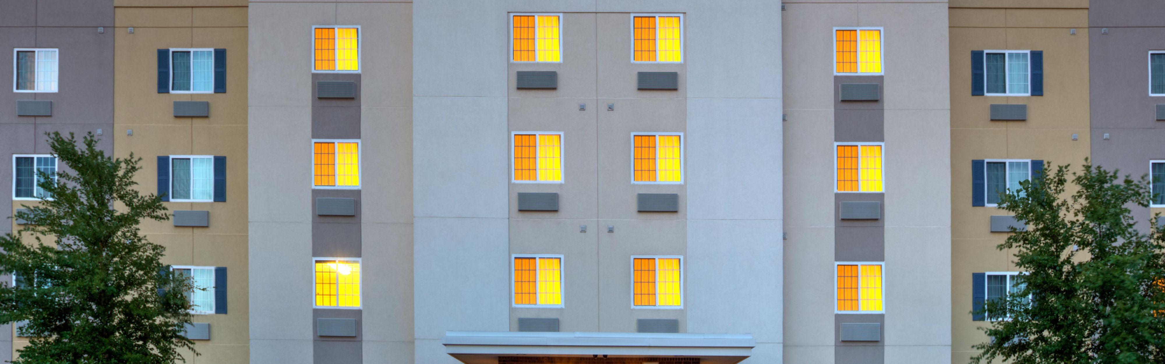 Candlewood Suites Indianapolis Northwest image 0