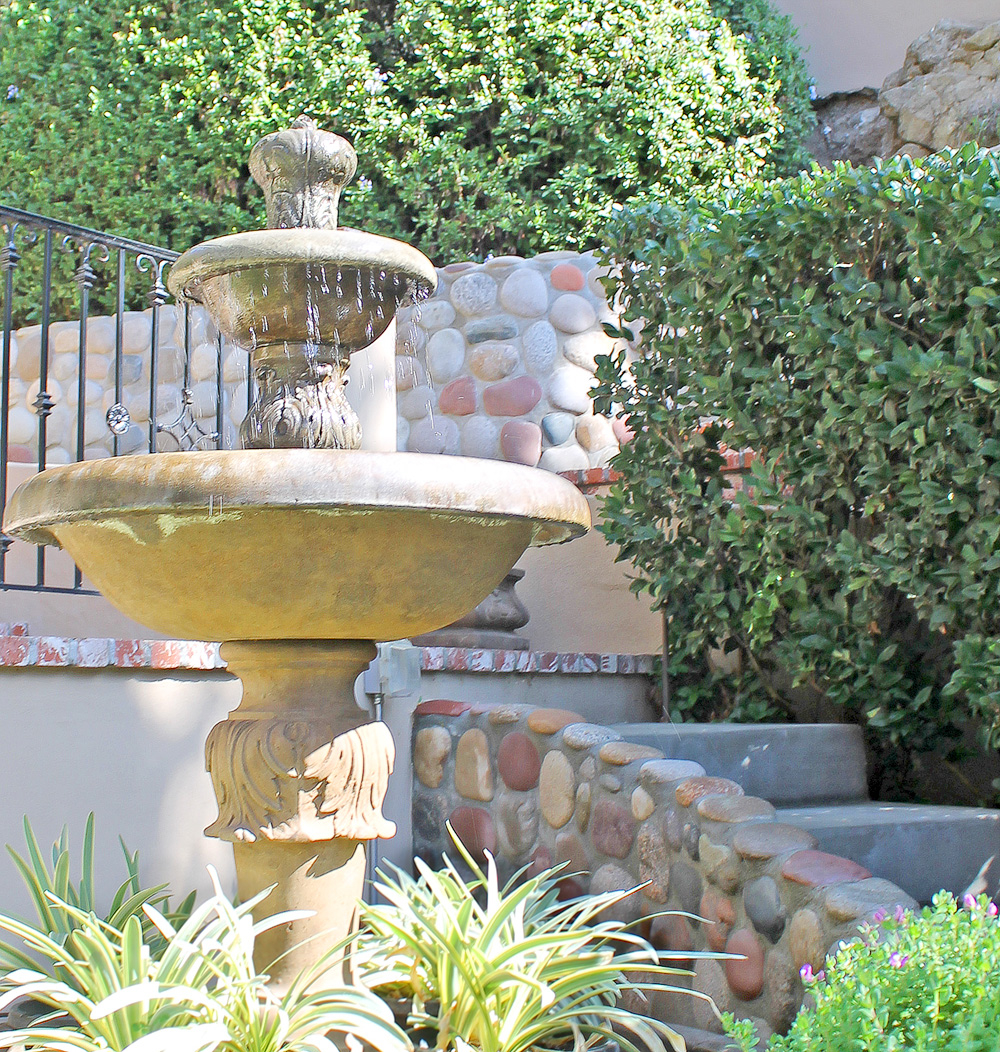 Flores Landscaping image 37