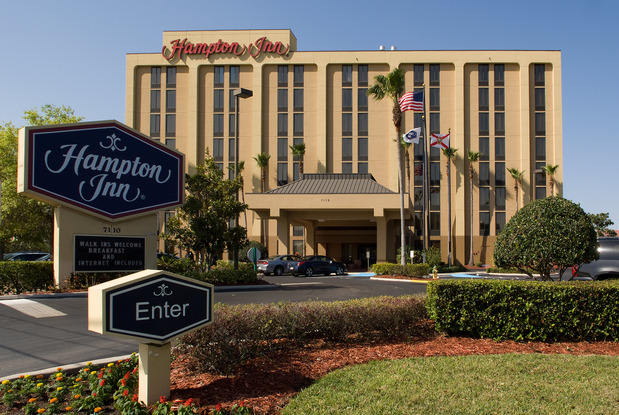 Orlando Hotels Near Universal With Free Airport Shuttle