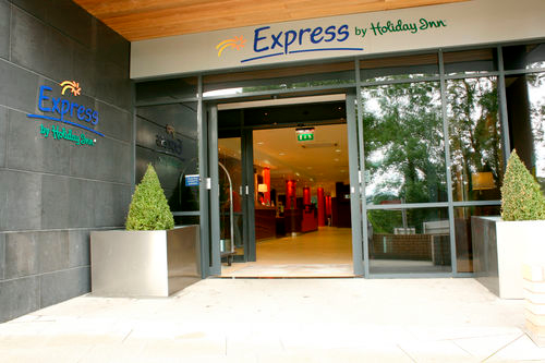 inn express dublin airport