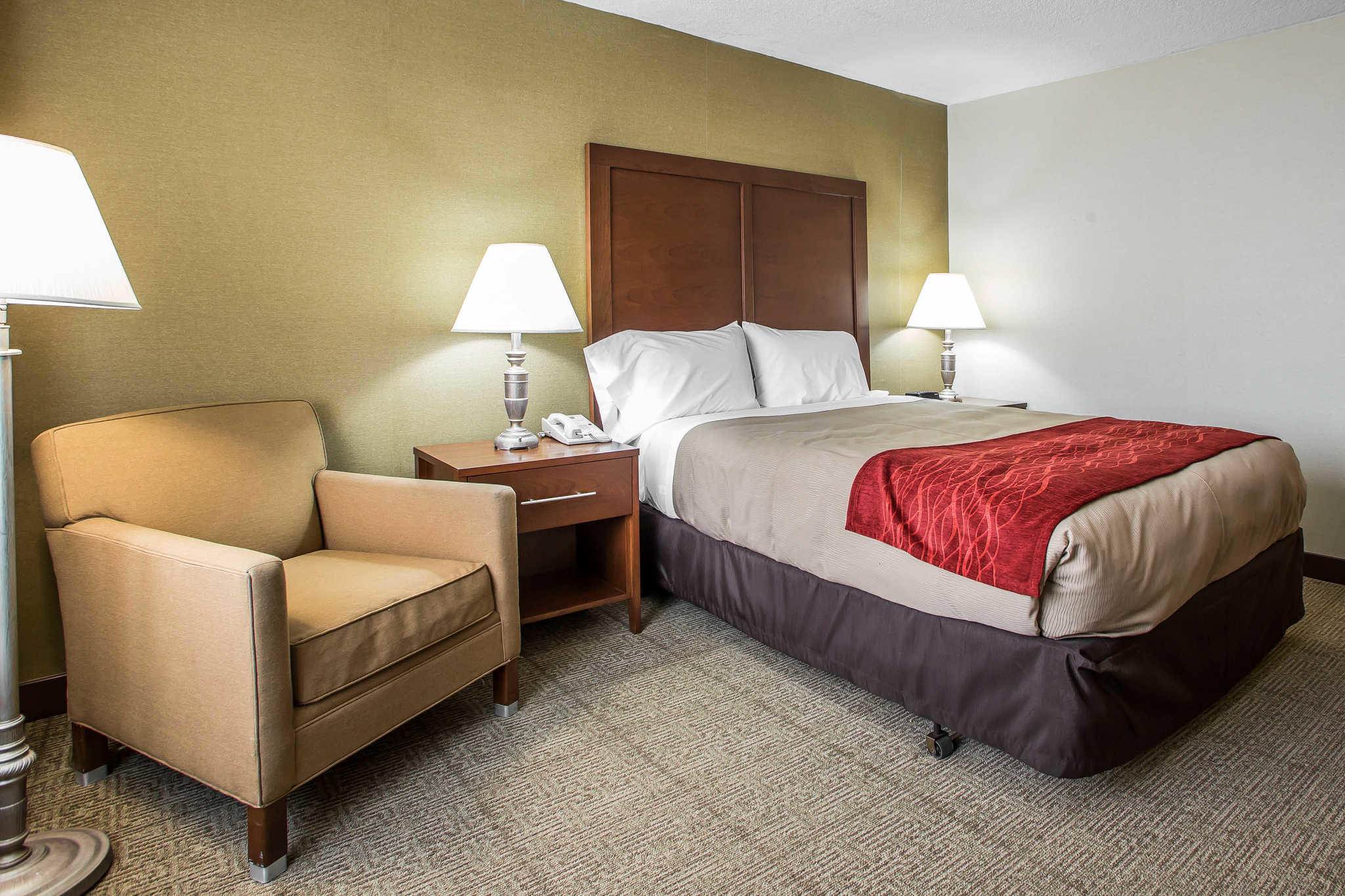 Quality Inn Midway Airport image 15