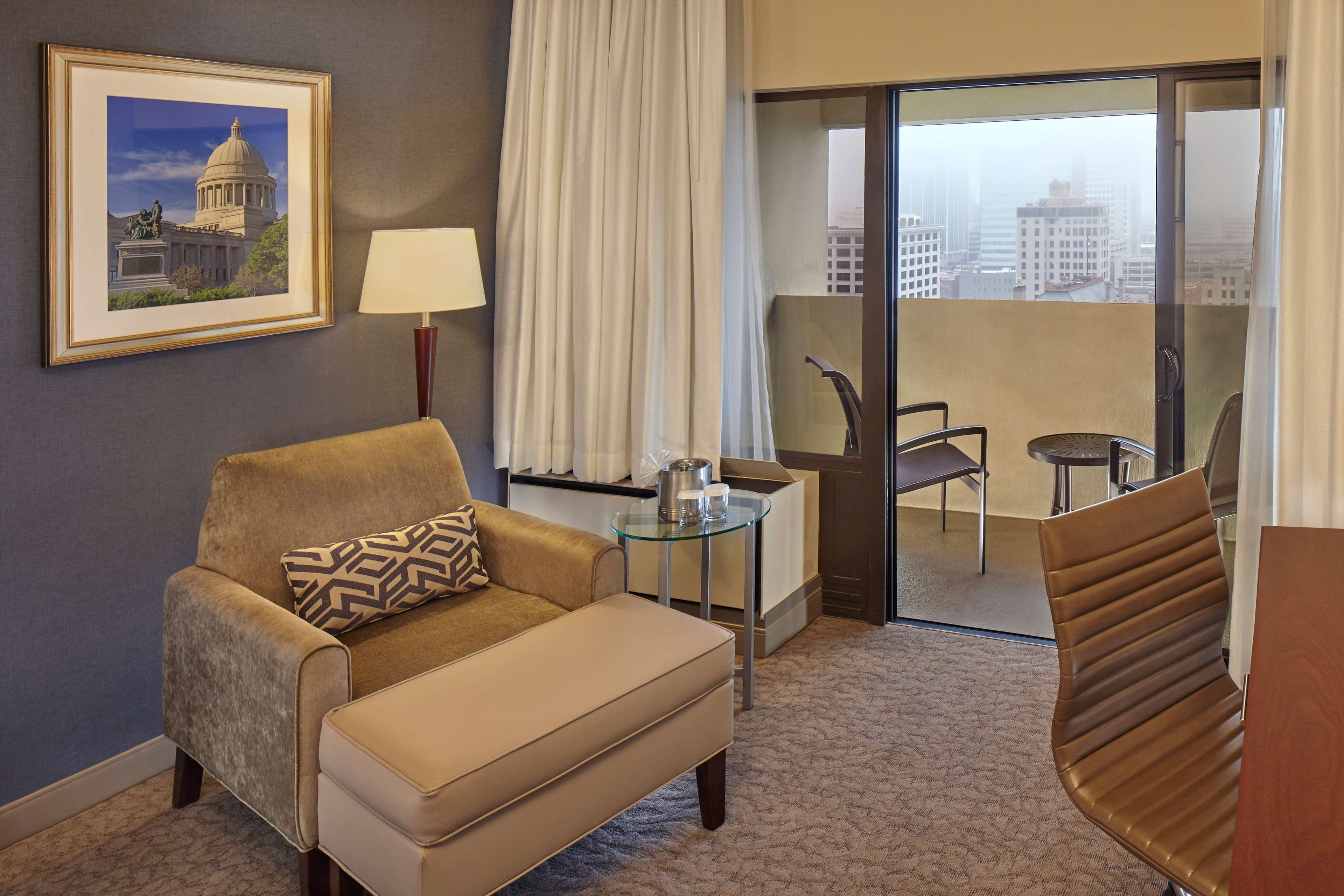 DoubleTree by Hilton Hotel Little Rock image 18
