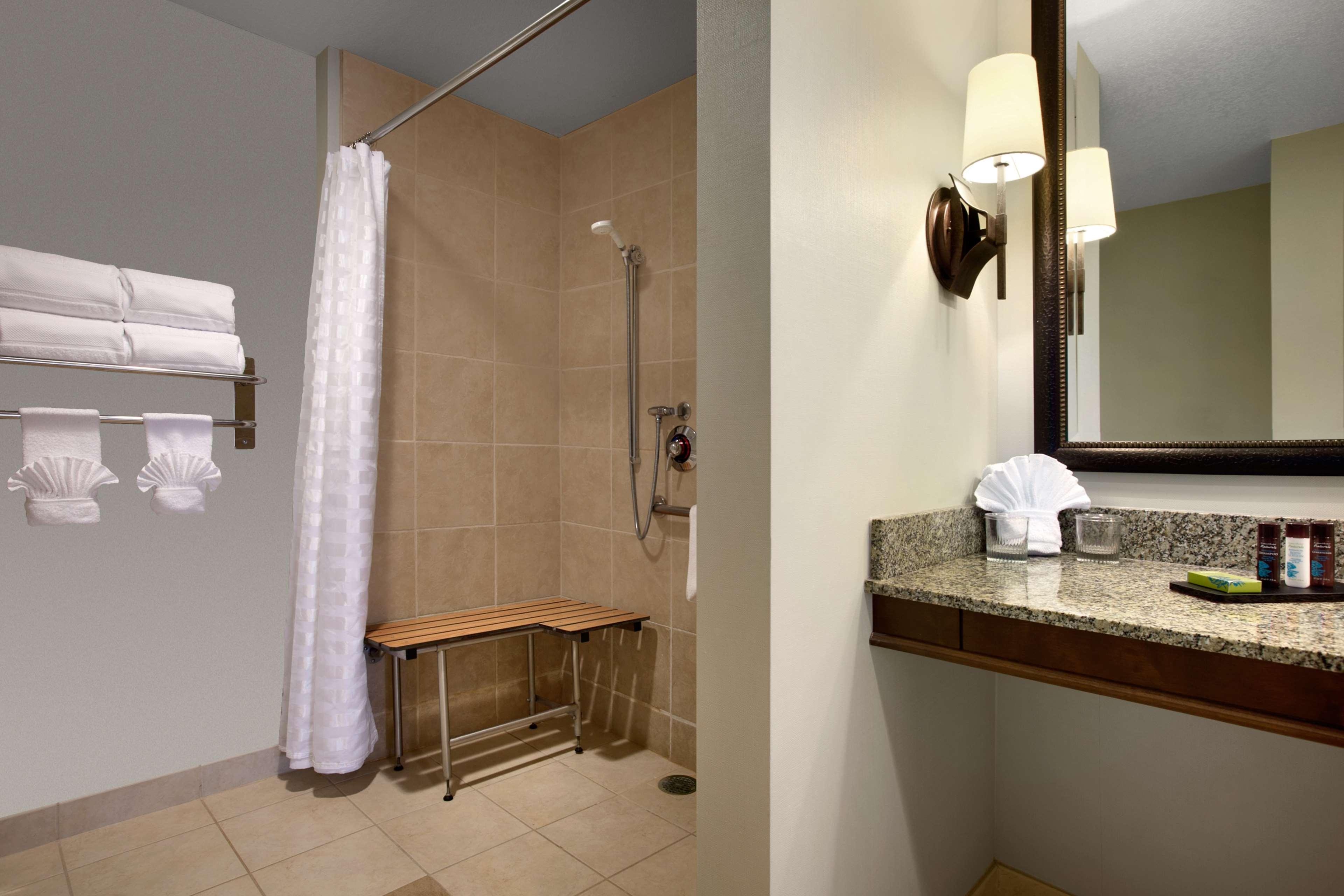 Embassy Suites by Hilton La Quinta Hotel & Spa image 20