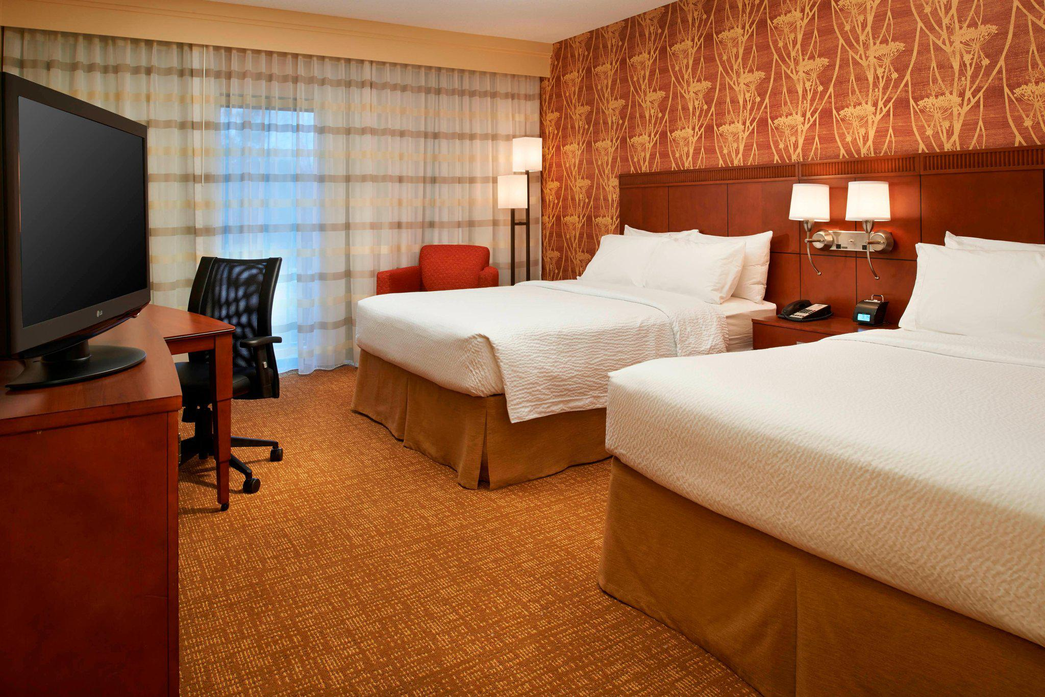 Courtyard by Marriott Chicago Lincolnshire
