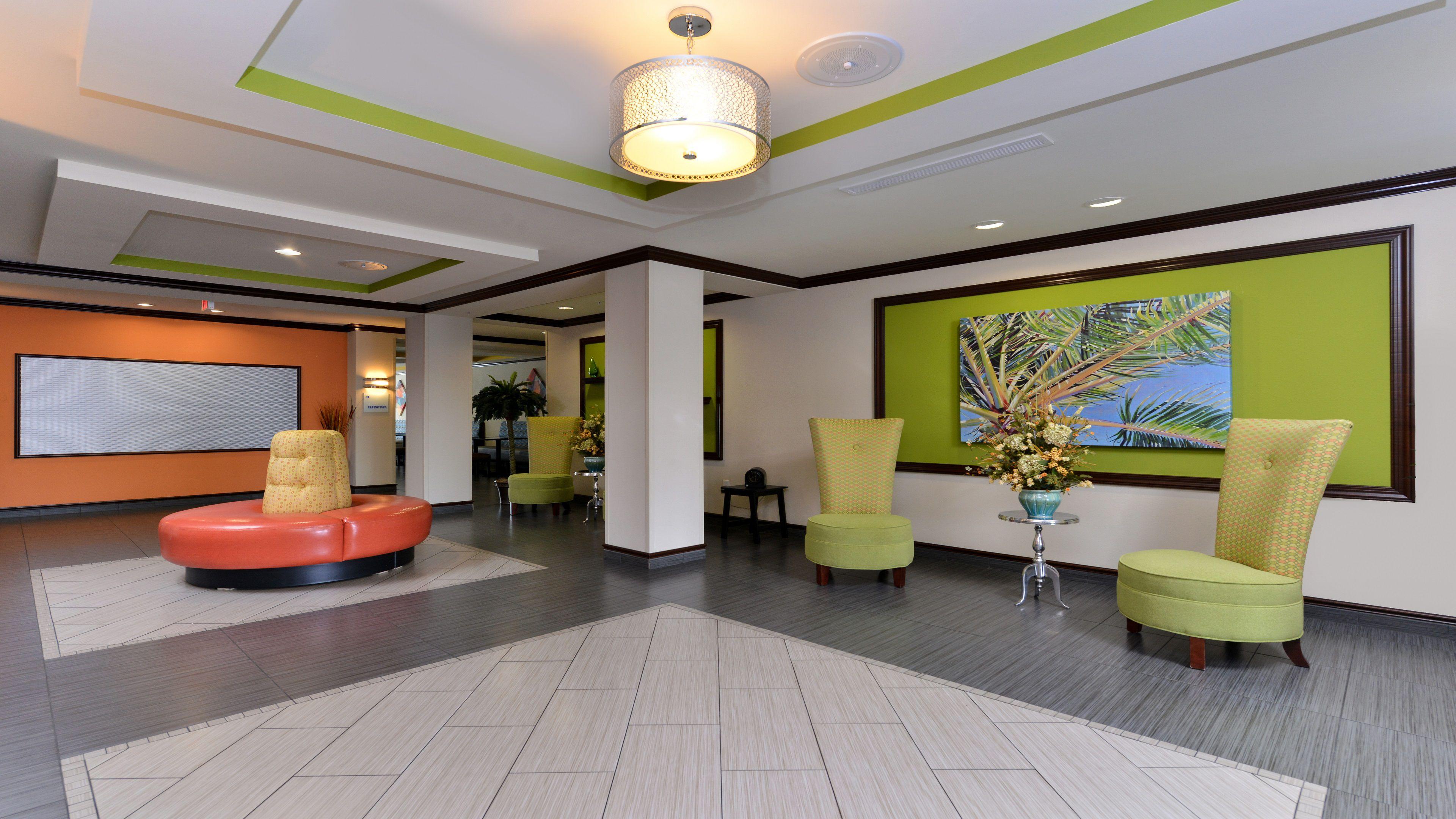 Holiday Inn Express & Suites Ft. Walton Bch - Hurlburt Area image 4