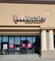 Exterior photo of T-Mobile Store at Blue Lakes Blvd & Cheney Dr, Twin Falls, ID