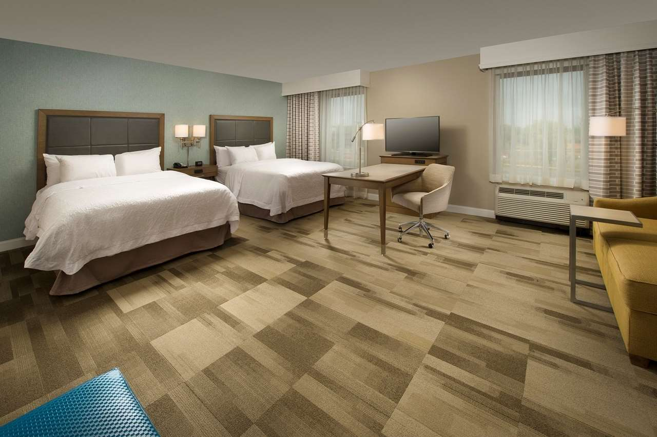 Hampton Inn & Suites Syracuse/Carrier Circle image 18