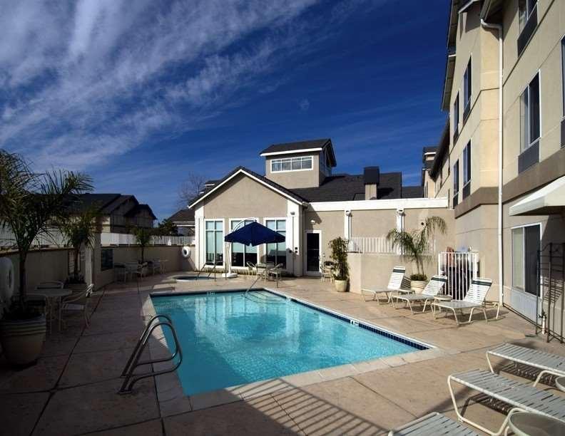 Hilton Garden Inn Roseville image 2