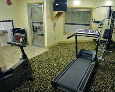Best Western Peace Arch Inn in Surrey: Fitness Center