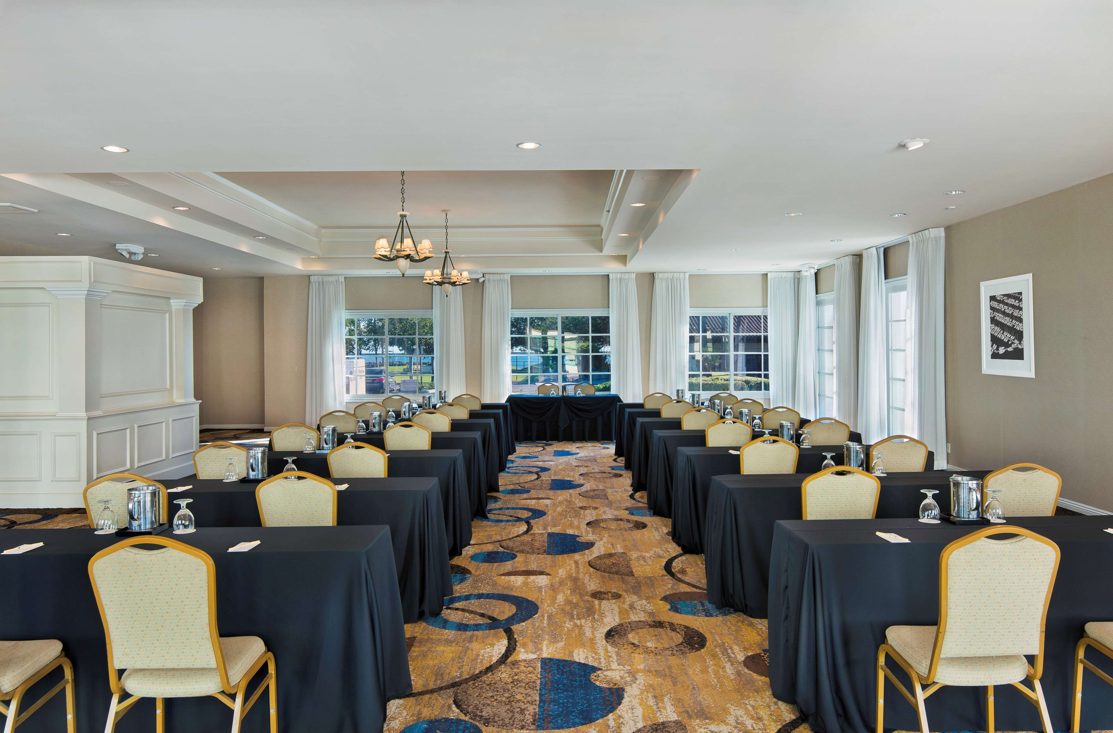 DoubleTree by Hilton Hotel San Pedro - Port of Los Angeles image 35
