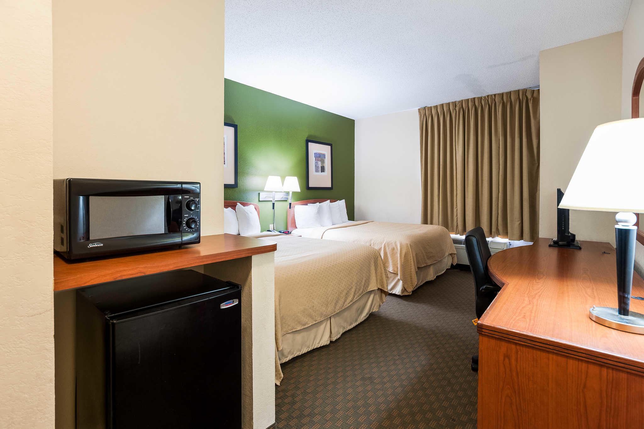 Quality Inn & Suites image 30