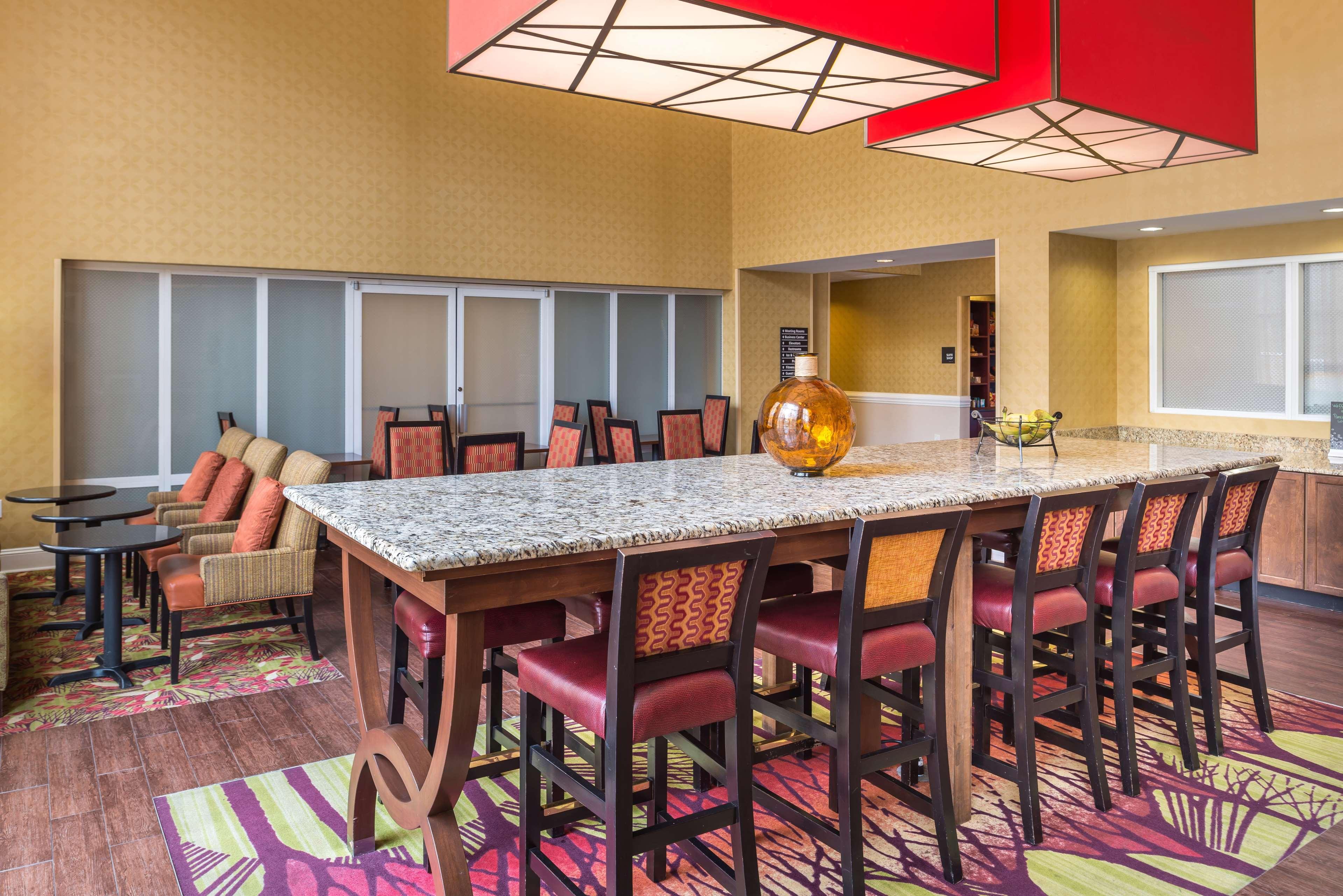 Hampton Inn & Suites Charlotte-Arrowood Rd. image 7
