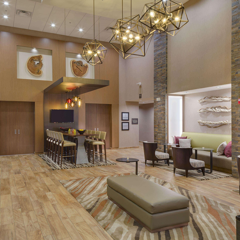 Hampton Inn & Suites Murrieta Temecula image 3
