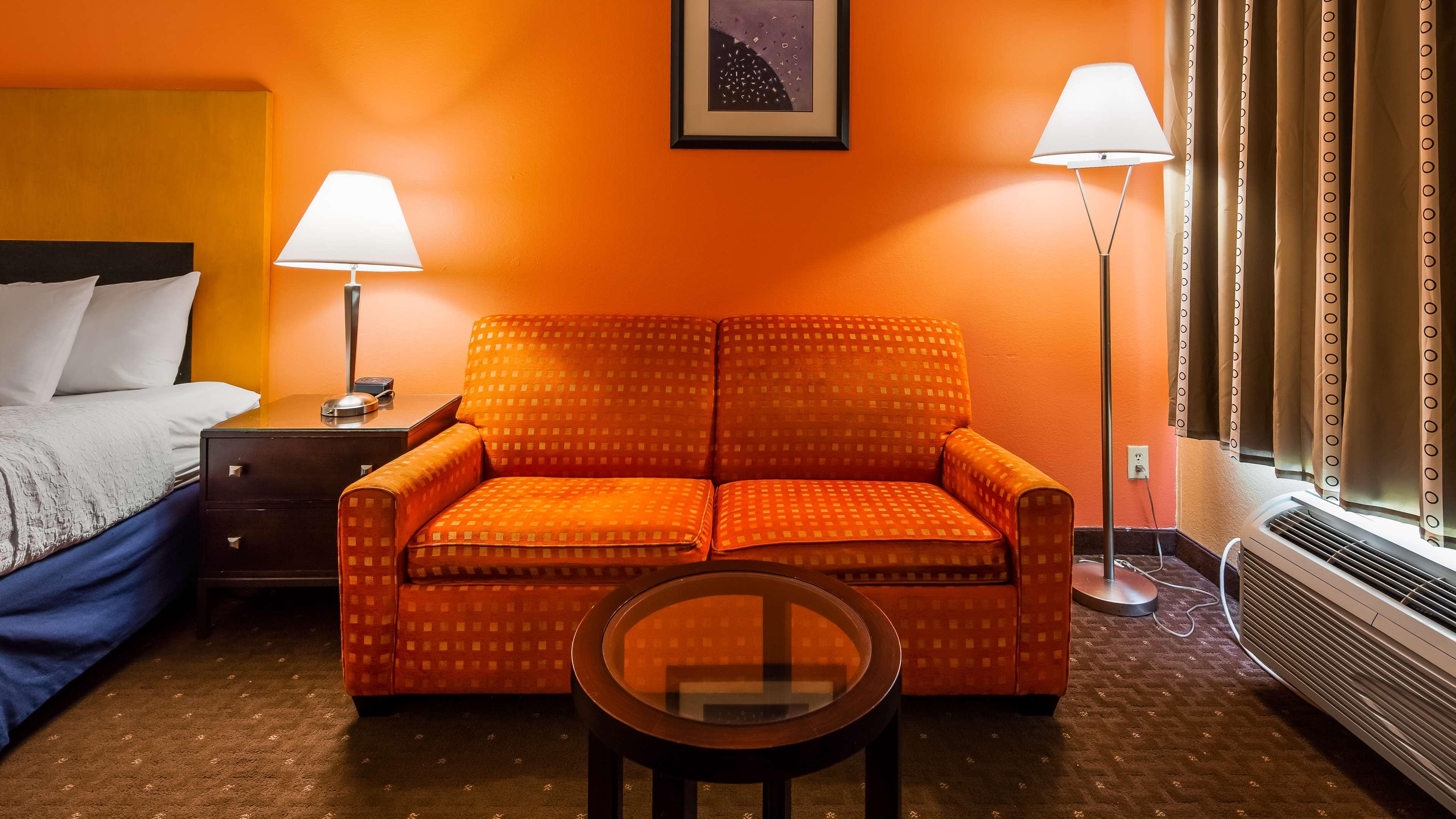 SureStay Plus Hotel by Best Western Fayetteville image 12