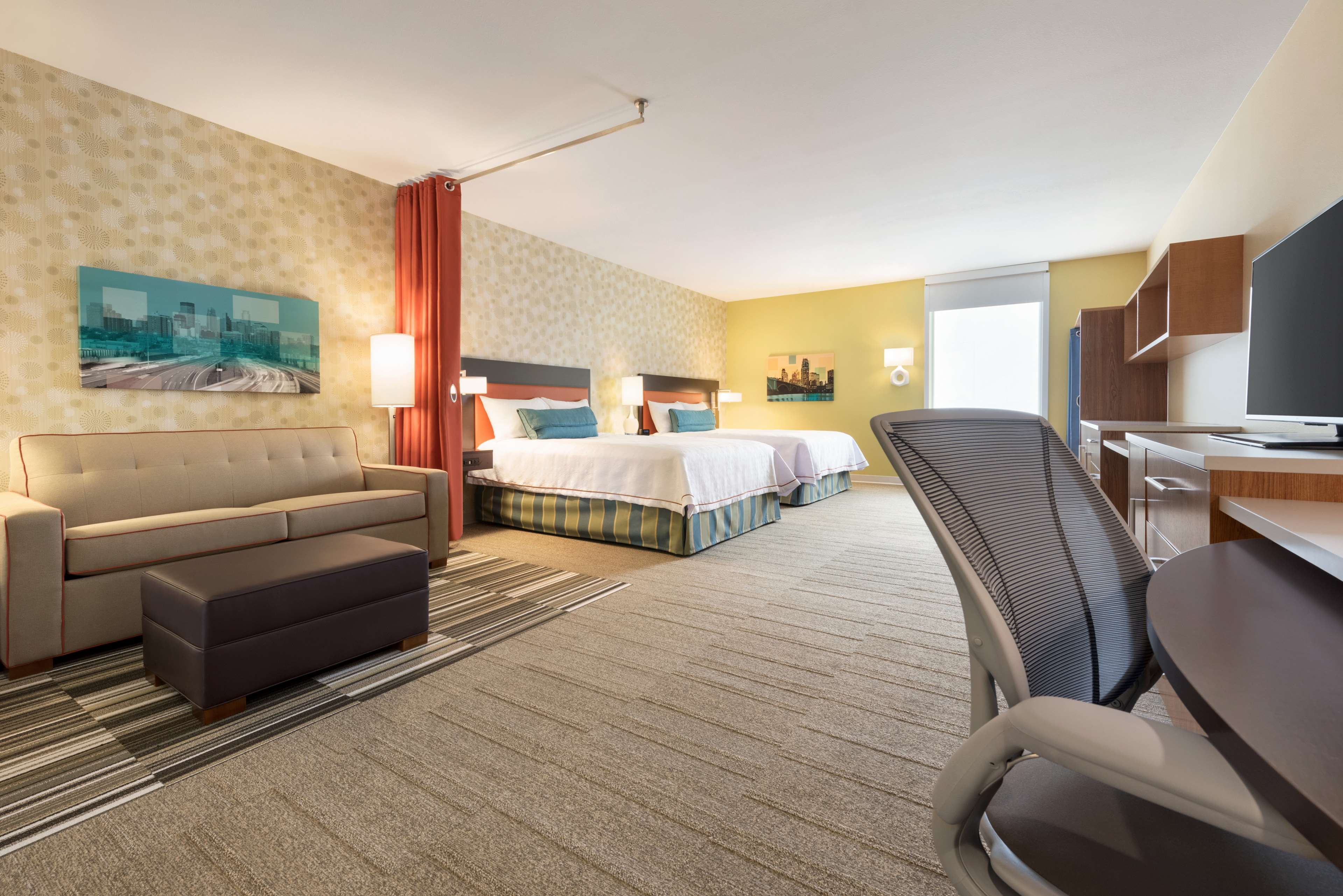 Home2 Suites by Hilton Roseville Minneapolis image 2