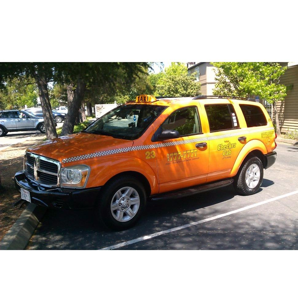 Checker Cab Co image 0
