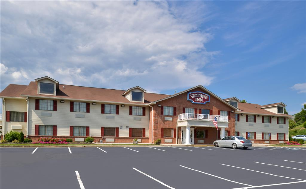 Country Hearth Inn & Suites - Toccoa image 1