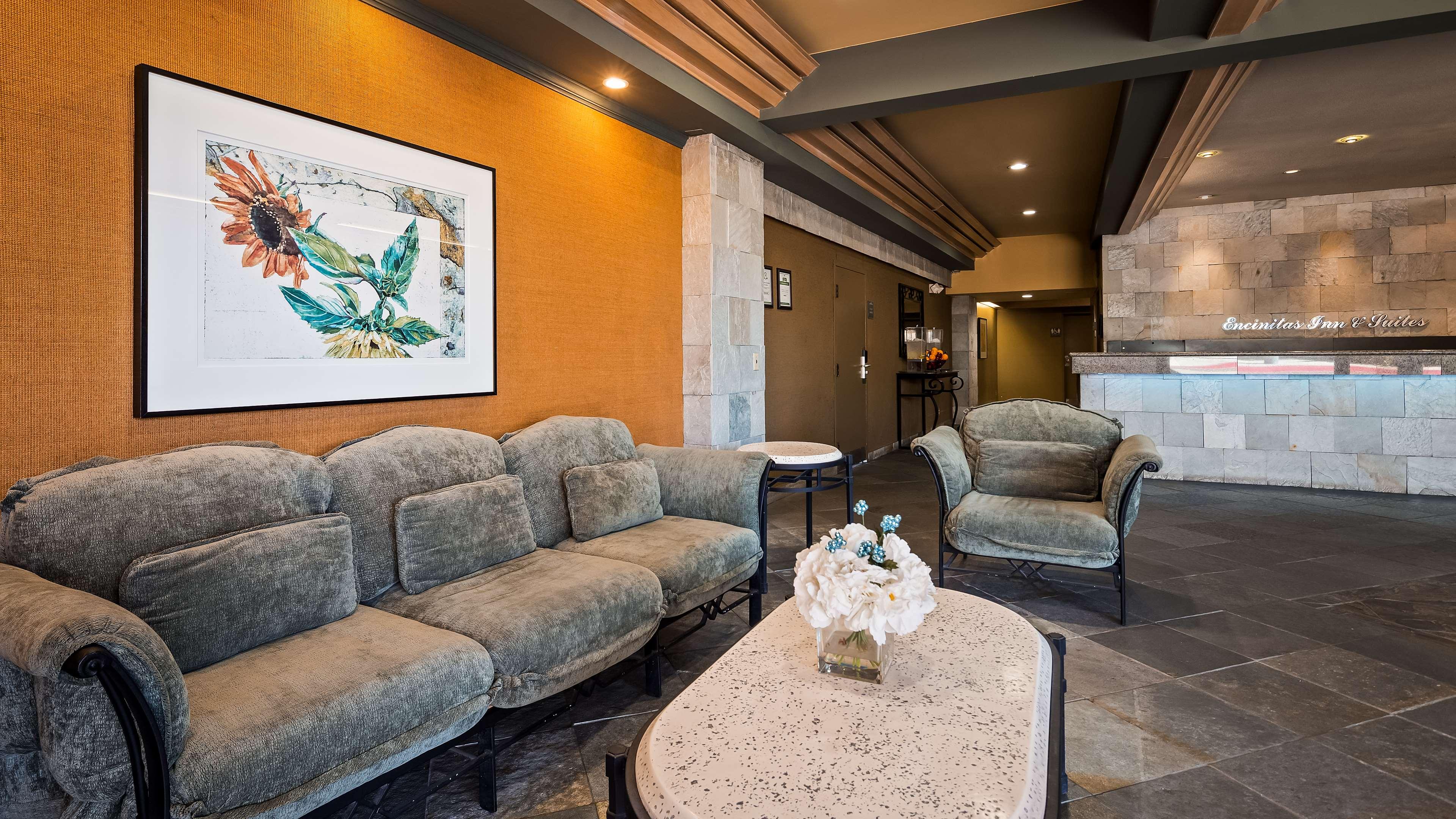 Best Western Encinitas Inn & Suites at Moonlight Beach image 3