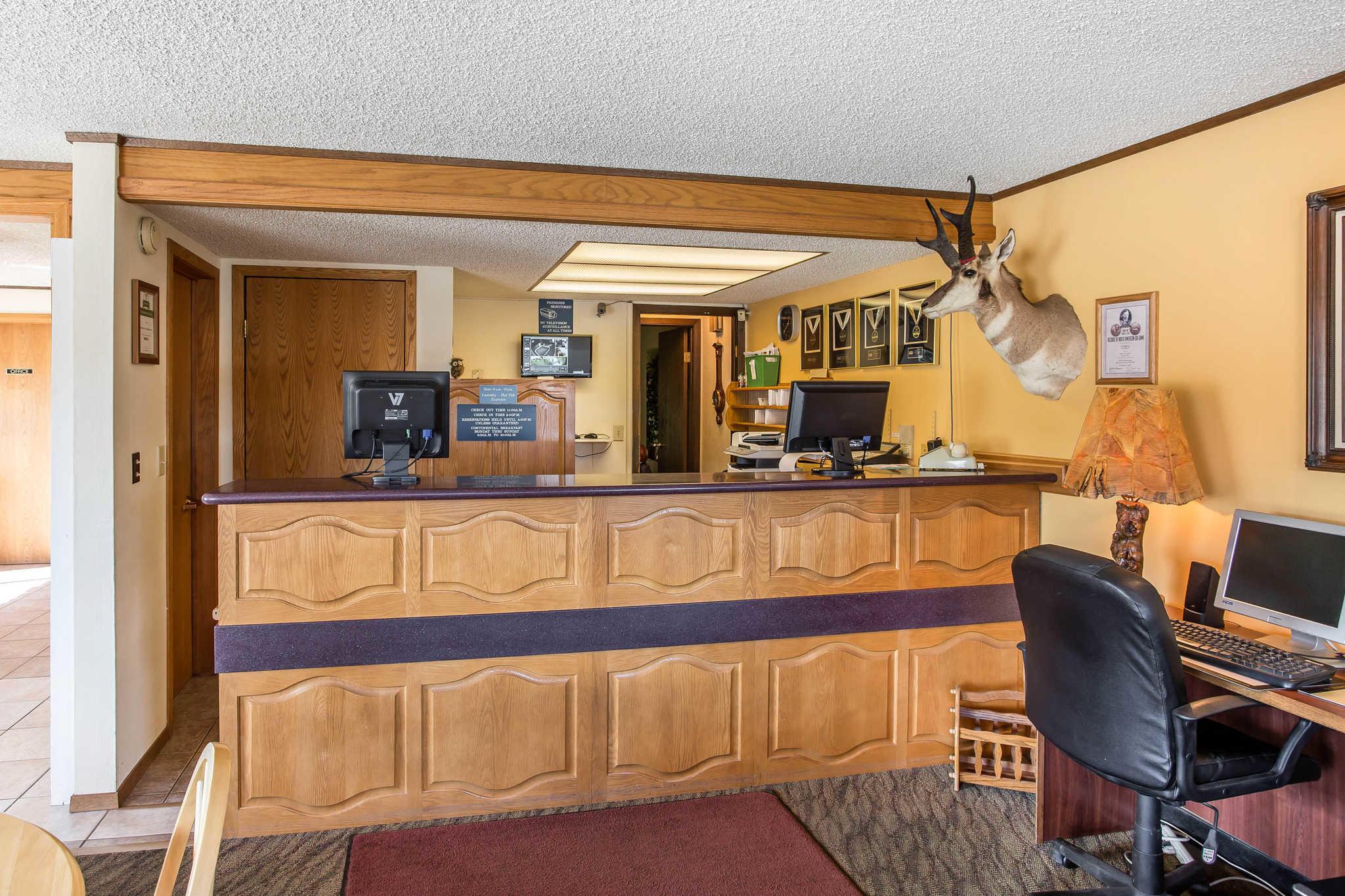 Rodeway Inn Pronghorn Lodge image 30