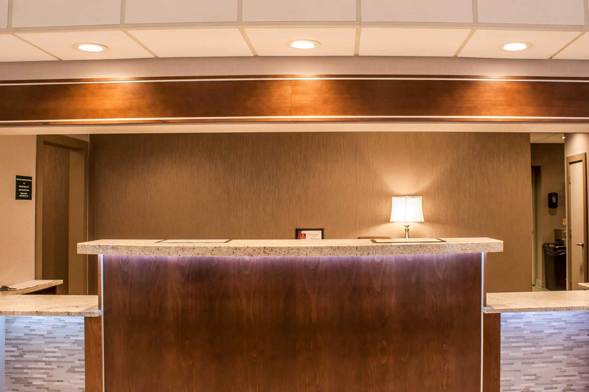 Clarion Hotel Seattle Airport image 4