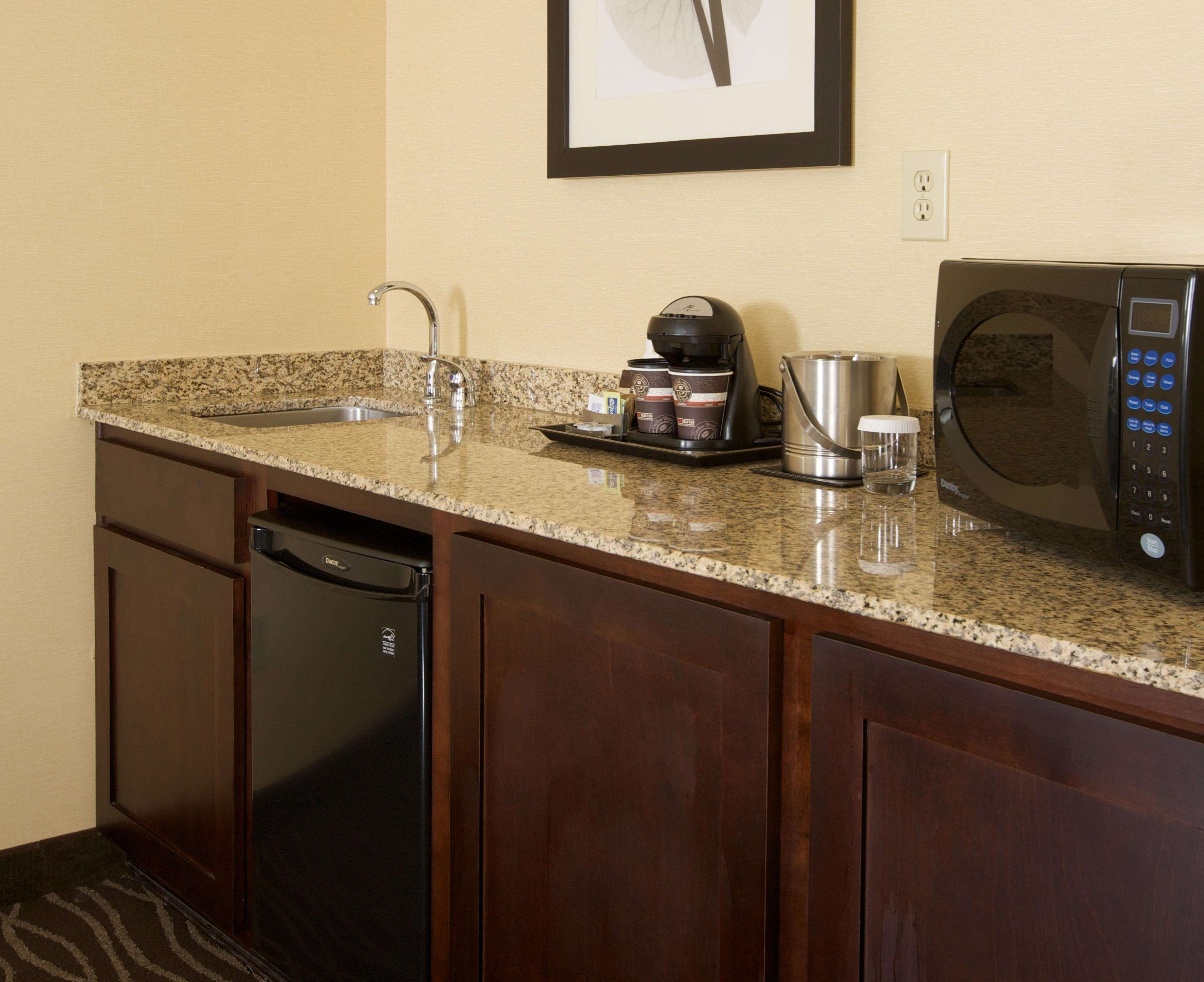 DoubleTree Suites by Hilton Hotel Raleigh - Durham image 33
